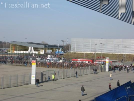 Leverkusen - FFM Gästeeingang