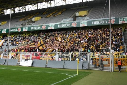 Gästeblock Westfalenstadion - Dynamo Dresden Fans