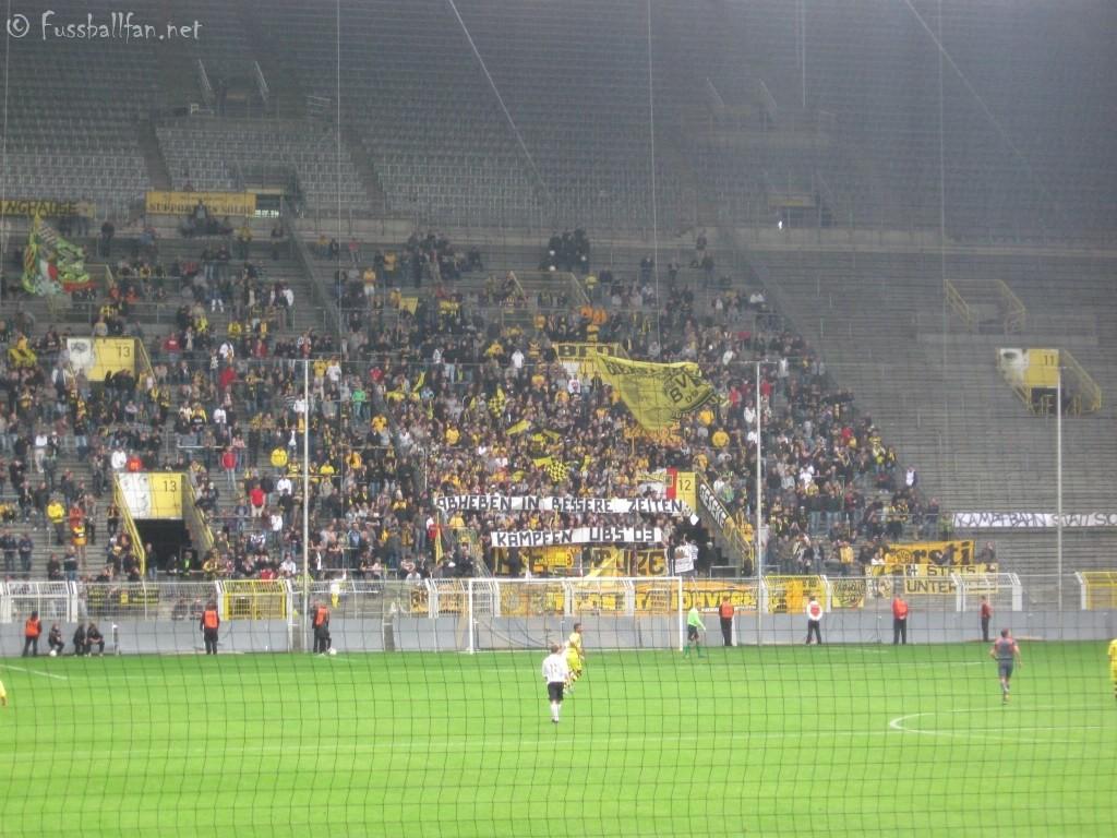 Dortmund Fans Pyro Dortmund Fans Abheben in